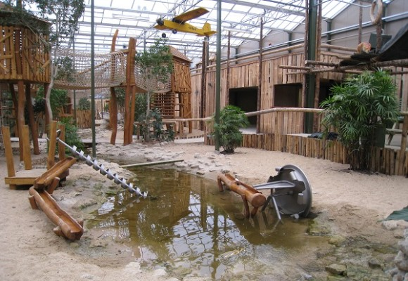 Berkenhof's Tropical Zoo