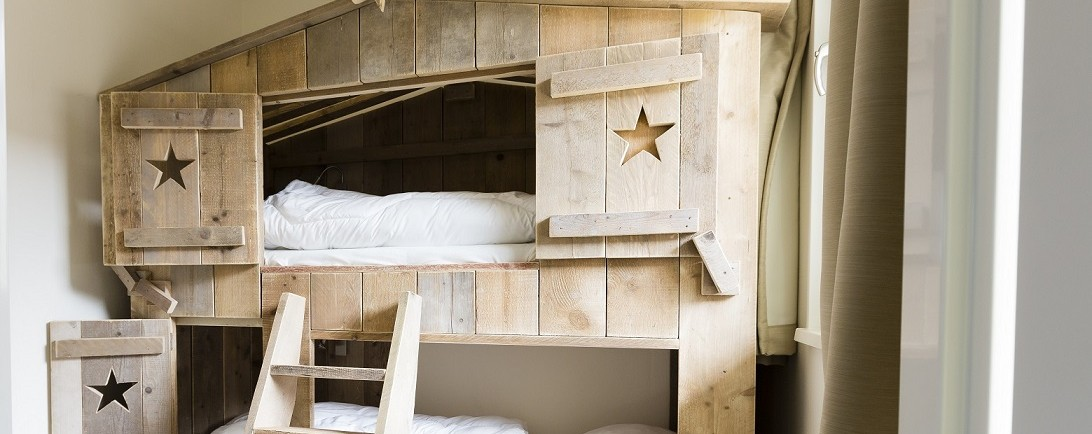 Treehouse bunk beds in the children's bedroom